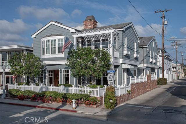 106 Amethyst Avenue, Newport Beach, CA 92662