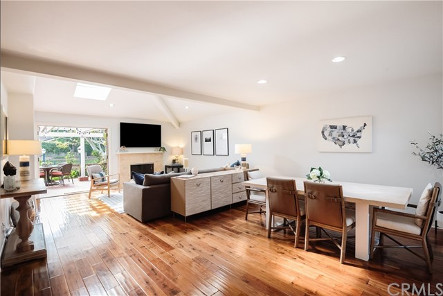 12 Dover Place, Manhattan Beach, California 90266, 3 Bedrooms Bedrooms, ,2 BathroomsBathrooms,For Sale,Dover,SB20208434