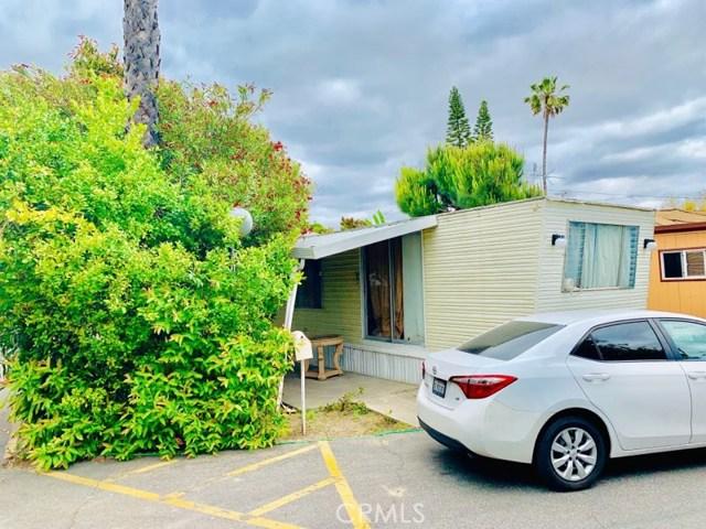 2767 1st Street 14, Santa Ana, CA 92703