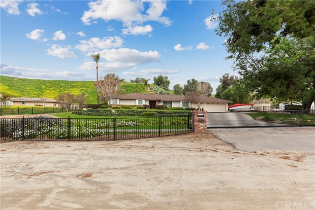 7200 Ashley Street, Colton, CA 92324
