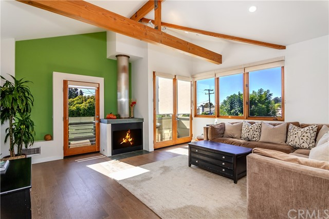 1218 Harper Avenue, Redondo Beach, California 90278, 3 Bedrooms Bedrooms, ,2 BathroomsBathrooms,Single family residence,For Sale,Harper,SB19234397