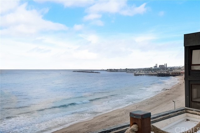 601 Esplanade B, Redondo Beach, California 90277, 3 Bedrooms Bedrooms, ,3 BathroomsBathrooms,For Sale,Esplanade,SB20188992