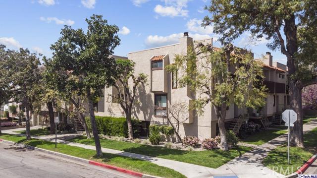 535 E Cedar Avenue J, Burbank, CA 91501