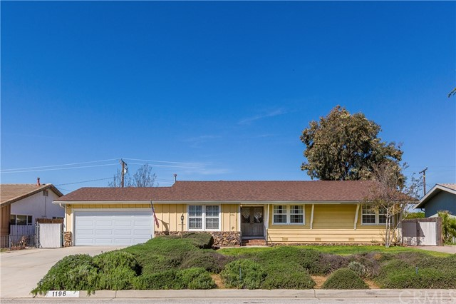 1196 Holly Lane, Calimesa, CA 92320
