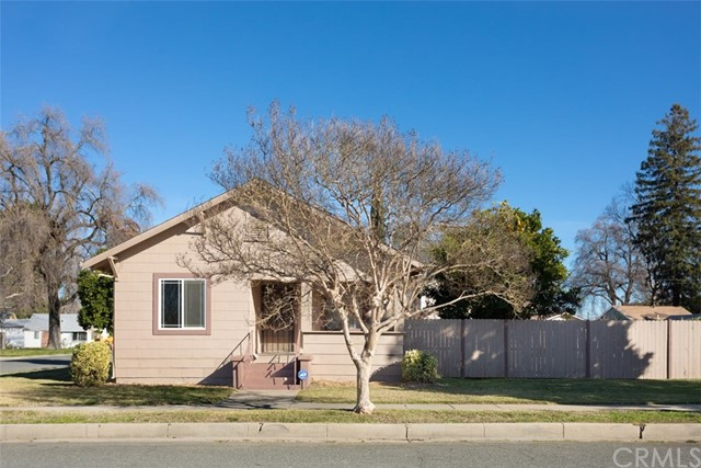 990 Kentucky Street, Gridley, CA 95948