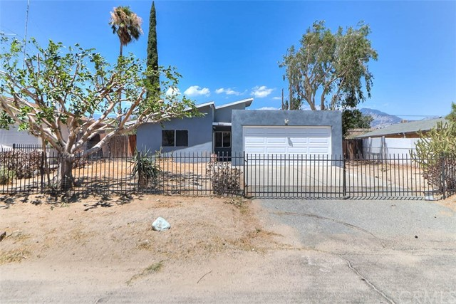 49956 Mountain View Avenue, Cabazon, CA 92230