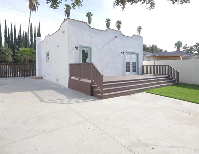 1085 Sunset Av, Pasadena, CA 91103 Photo 21