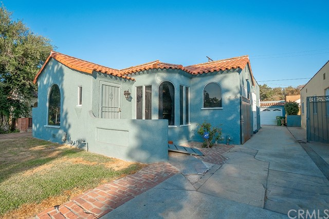4220 11th Avenue, Los Angeles, CA 90008