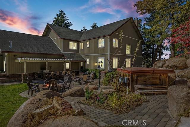 32605 Pine Manor Lane, Running Springs, California 92382, 4 Bedrooms Bedrooms, ,3 BathroomsBathrooms,Residential,For Sale,Pine Manor,EV21015259
