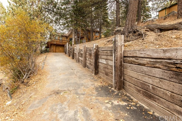 32521 Scandia Drive, Running Springs, CA 92382