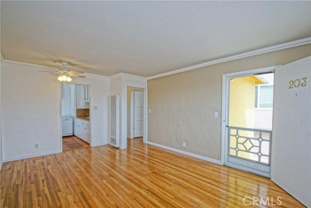 201 15th Street, Manhattan Beach, California 90266, 6 Bedrooms Bedrooms, ,3 BathroomsBathrooms,For Sale,15th,SB20077215