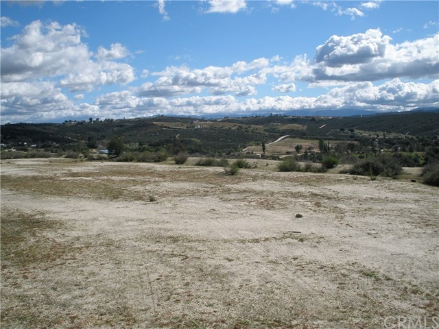 2 Shaded Up Court. Lot#2, Temecula, CA  Photo 2