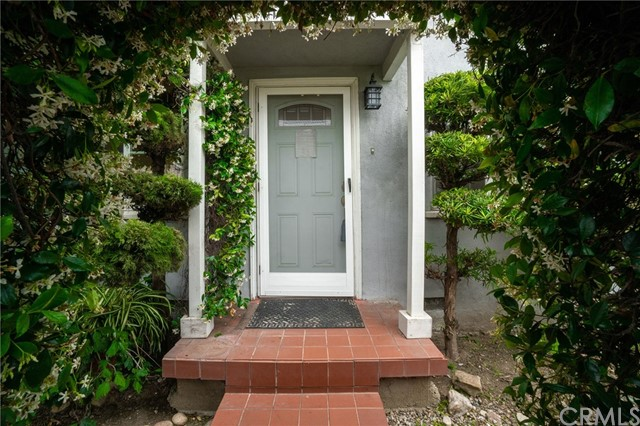 11572 Mississippi Avenue, Los Angeles, CA 90025
