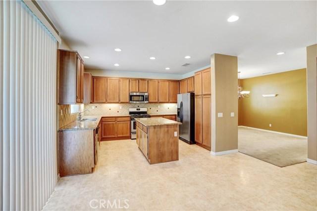 13785 Coolidge Wy, Oak Hills, CA 92344 Photo 10
