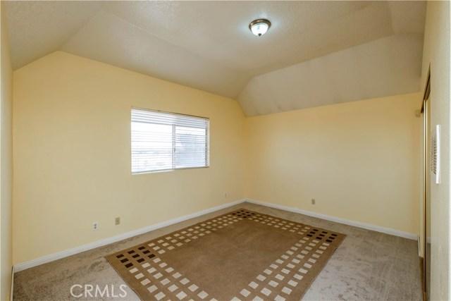 9063 Joshua Rd, Oak Hills, CA 92344 Photo 47