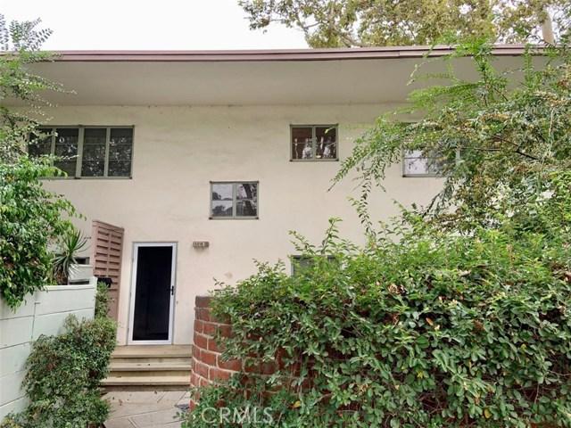 5518 Village Green, Los Angeles, California 90016, 2 Bedrooms Bedrooms, ,1 BathroomBathrooms,Condominium,For Lease,Village Green,SB20196493