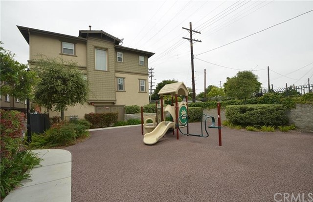 1273 Flint Dr, Harbor City, CA 90710 Photo 12