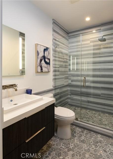 212 The Strand, Hermosa Beach, California 90254, 5 Bedrooms Bedrooms, ,1 BathroomBathrooms,For Sale,The Strand,SB20000113