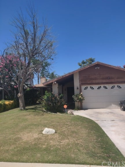 1320 Bayne, Bakersfield, CA 93307