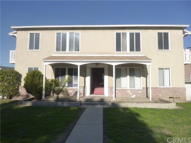 4374 Elm Avenue, Long Beach, CA 90807