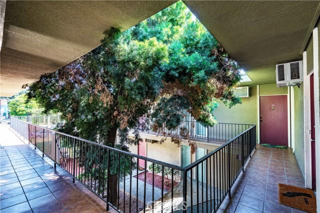 760 Earlham St, Pasadena, CA 91101 Photo 3