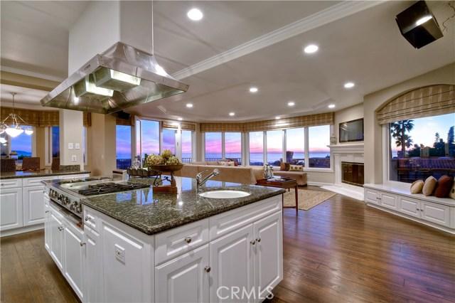 1030 1st Street, Manhattan Beach, California 90266, 5 Bedrooms Bedrooms, ,5 BathroomsBathrooms,For Rent,1st,SB17255074