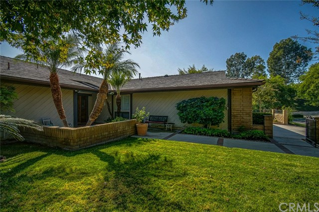 2400 Oakridge Court, Fullerton, CA 92835