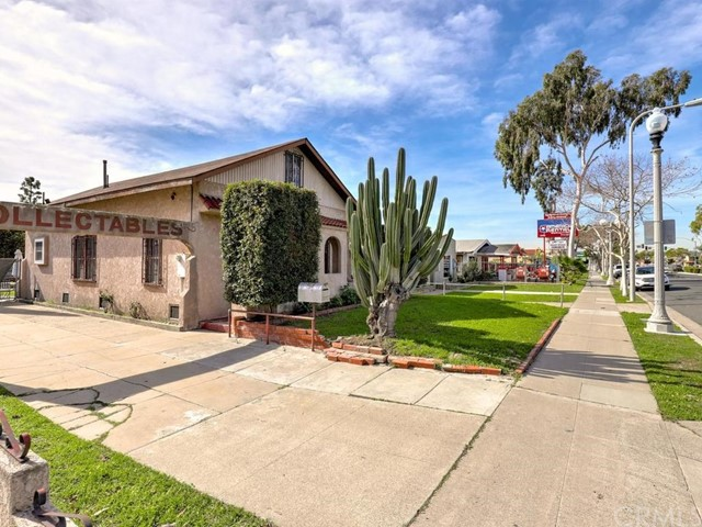 5322 Lincoln Avenue, Cypress, CA 90630