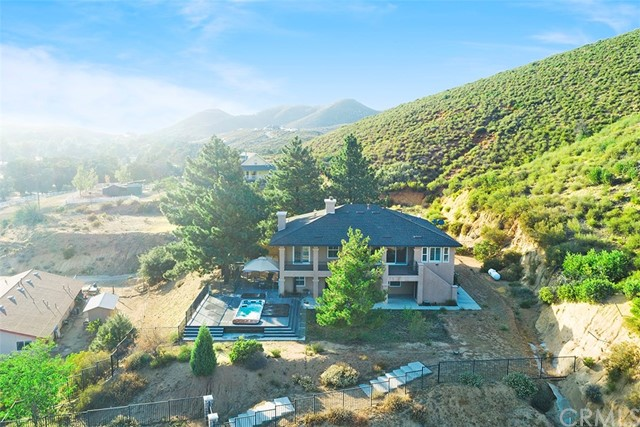 47668 Twin Pines Road