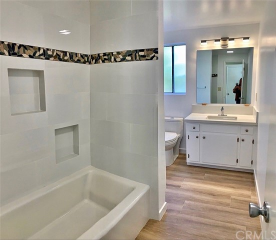 845 7th Street, Hermosa Beach, California 90254, 3 Bedrooms Bedrooms, ,2 BathroomsBathrooms,For Rent,7th,RS20035192