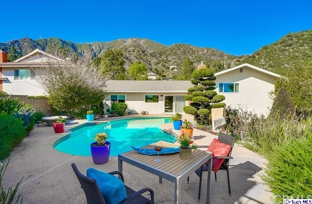 2630 Willowhaven Drive, La Crescenta, CA 91214