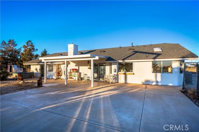 9175 Coleridge Rd, Oak Hills, CA 92344 Photo 32