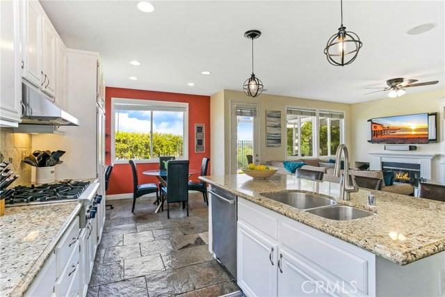 3 Grassy Knoll Lane, Rancho Santa Margarita, CA 92688