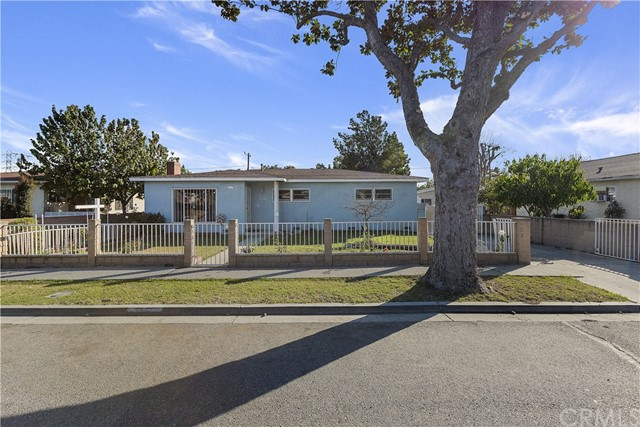 1110 E 71st Street, Long Beach, CA 90805