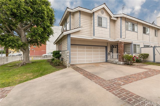 2101 Mackay Lane 2, Redondo Beach, California 90278, 4 Bedrooms Bedrooms, ,2 BathroomsBathrooms,For Sale,Mackay,SB18133550