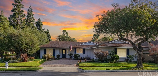 2926 Club House Road, Costa Mesa, CA 92626