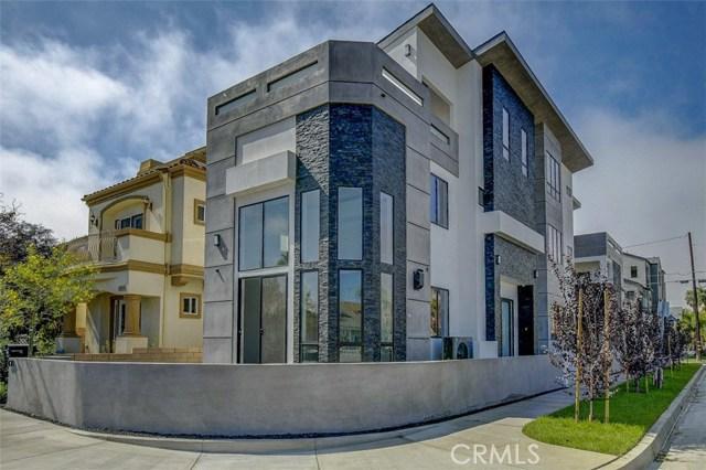 1019  California Street, Huntington Beach, California