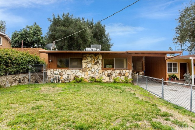 8246 Hillrose Street, Sunland, CA 91040