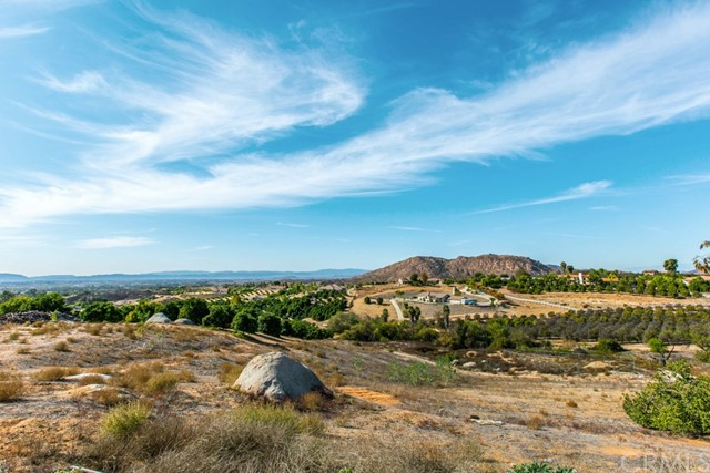 38225 Camino Sierra Rd, Temecula, CA 92592 Photo 54