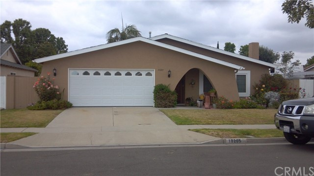10205 Bunting Ave, Fountain Valley, CA 92708