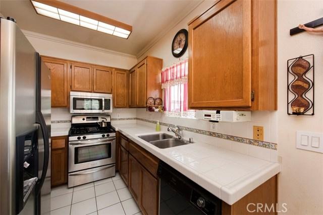 8182 Cobblestone Ln, Midway City, CA 92655 Photo 12
