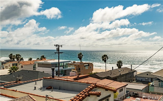 Photo of 129 Moonstone Street, Manhattan Beach, CA 90266