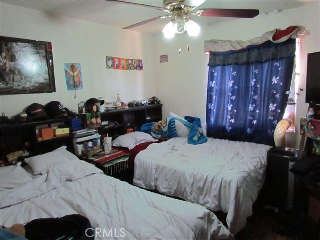 5. 1658 E Vernon Avenue Los Angeles, CA 90011