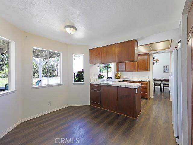 11. 1891 Prance Court Simi Valley, CA 93065