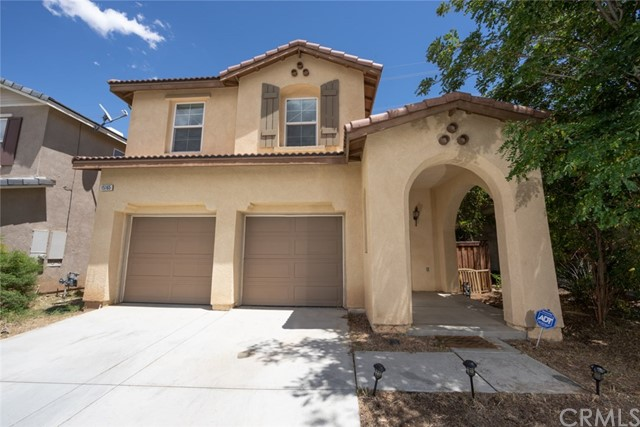 15165 Bluffside Lane, Victorville, CA 92394