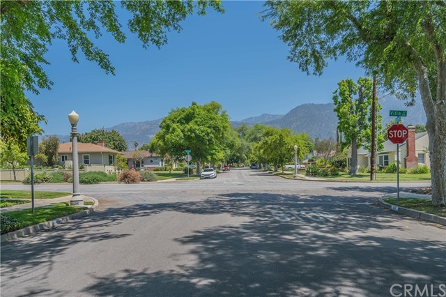 453 N Daisy Av, Pasadena, CA 91107 Photo 34