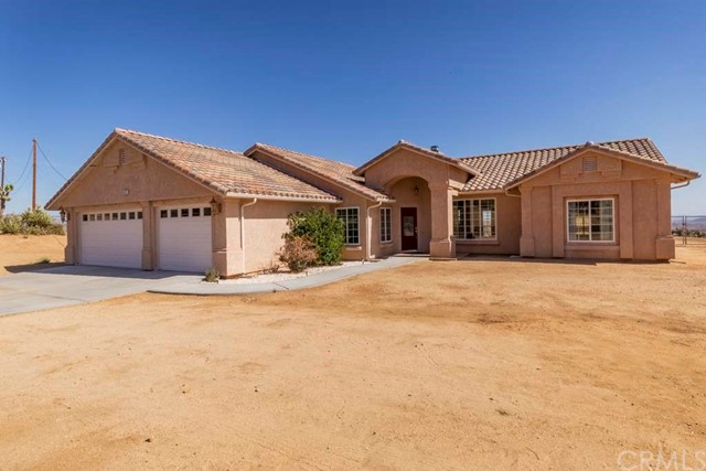 61272 Pueblo Trail, Joshua Tree, CA 92252