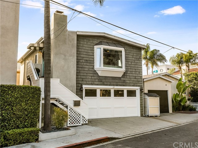 817 Valley Drive, Manhattan Beach, California 90266, 3 Bedrooms Bedrooms, ,2 BathroomsBathrooms,For Sale,Valley,PV20234542