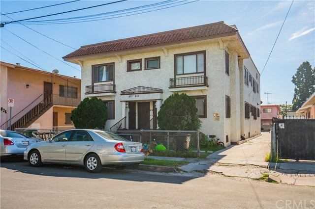 832 W 42nd Place, Los Angeles, CA 90037