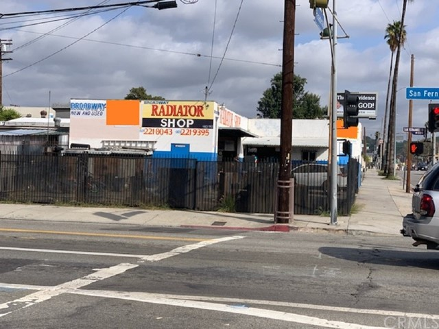 2001 Pasadena Avenue, Los Angeles, CA 90031